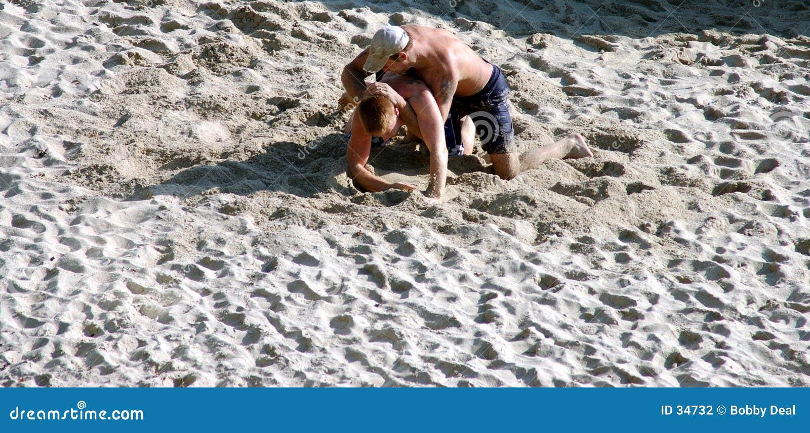Download Zapaśnicy pustyni zdjęcie stock. Obraz złożonej z walka - 34732