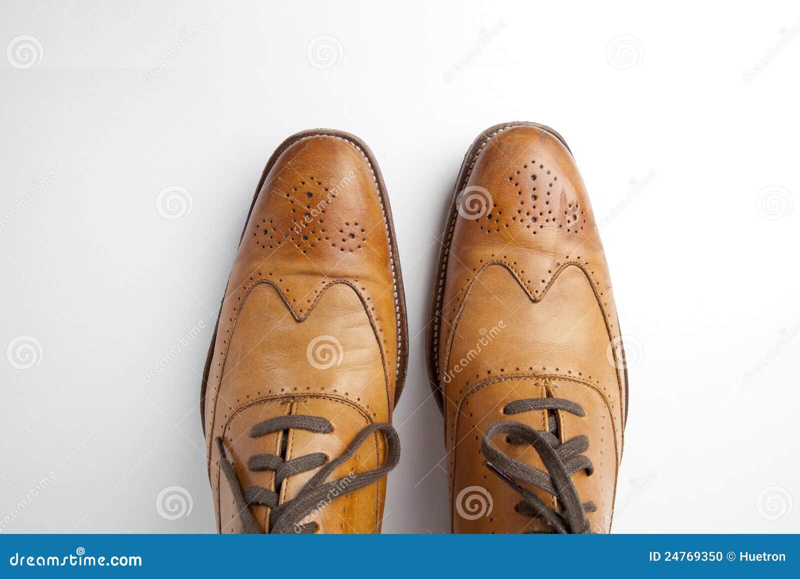 Zapatos de alineada del Mens de Tan