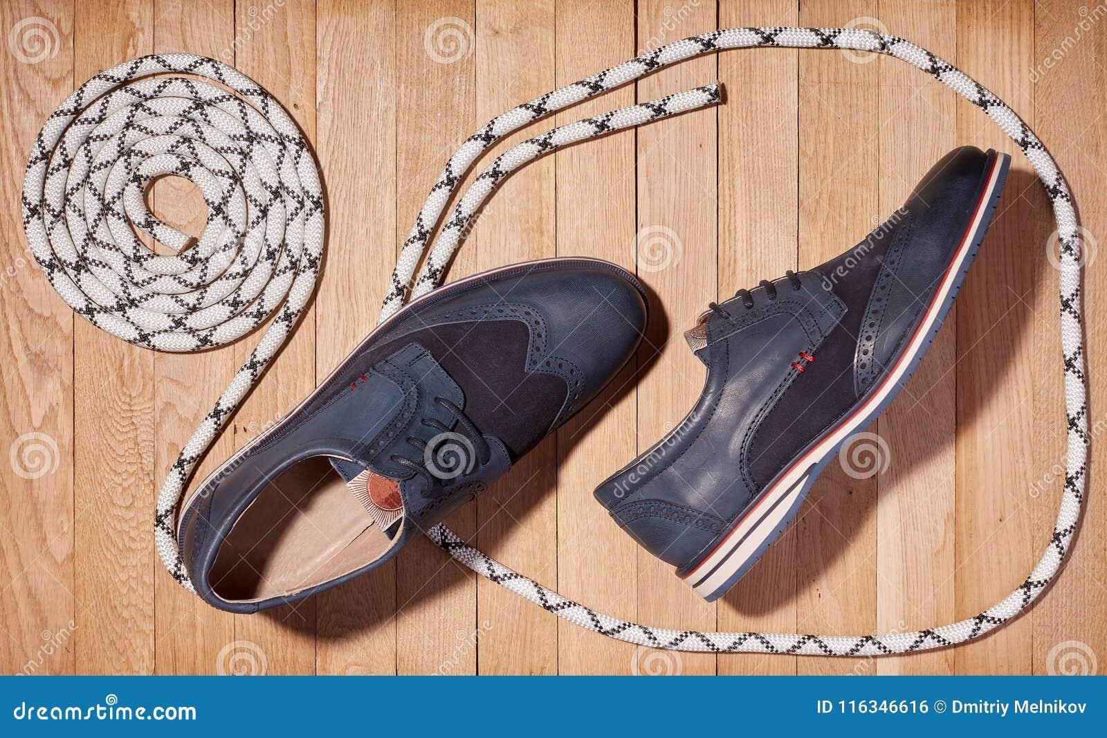 las para fondo azul clásicos mentiras los cuerda en los superior un y marino los la zapatos de hombres madera zapatos Visión de Forme nuevos 7q48x