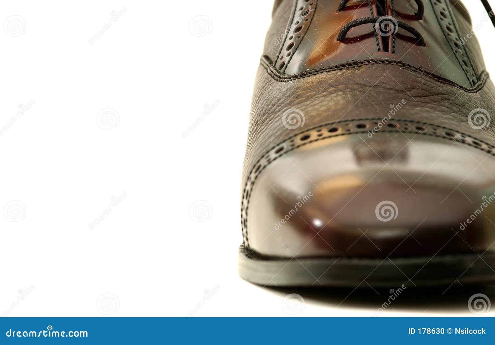 Zapatos de los hombres