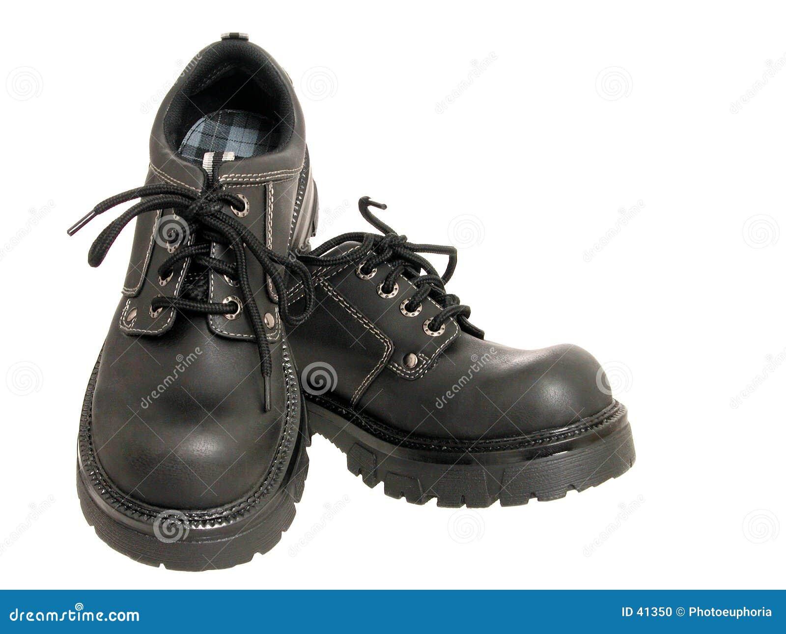 Download Zapatos Negros Del Invierno De Las Mujeres Foto de archivo - Imagen de aislado, invierno: 41350