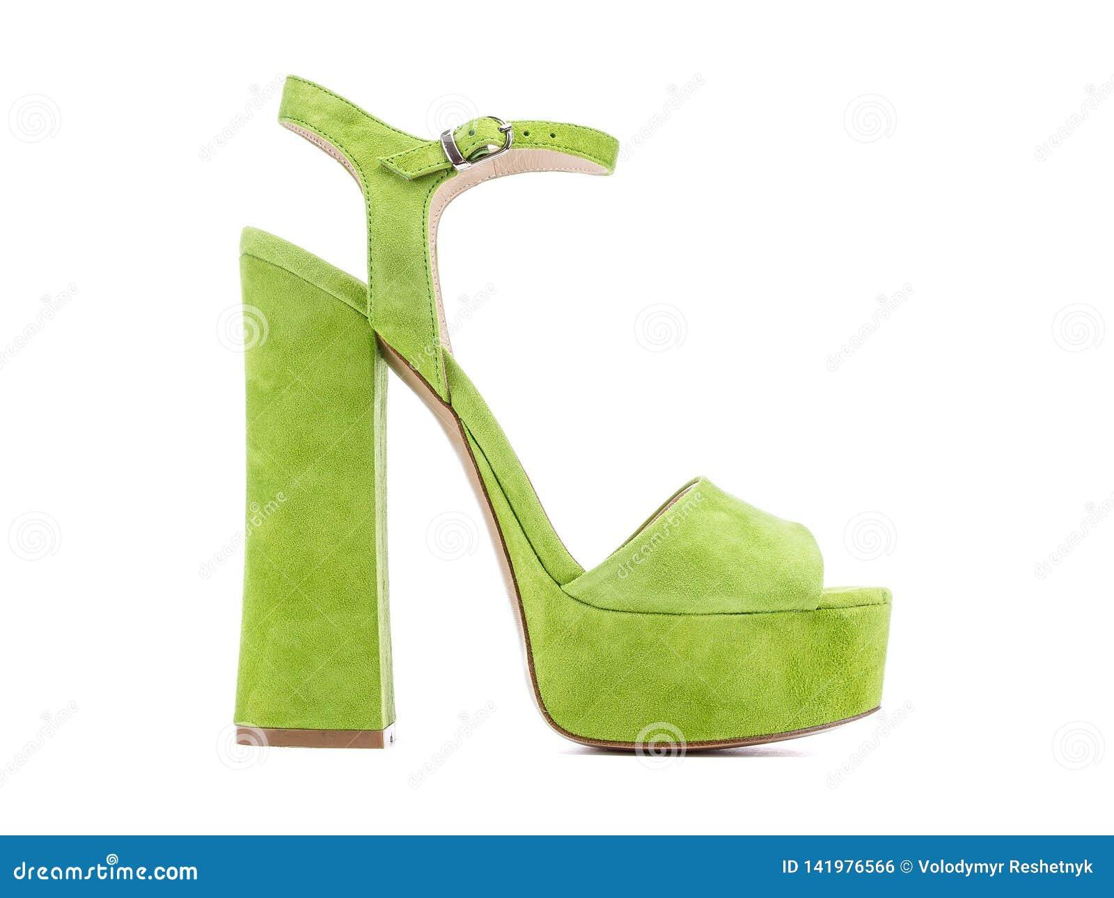 aa0aa1cbc9cc Zapatos Verdes De Los Tacones Altos Del Terciopelo De Las Mujeres En ...