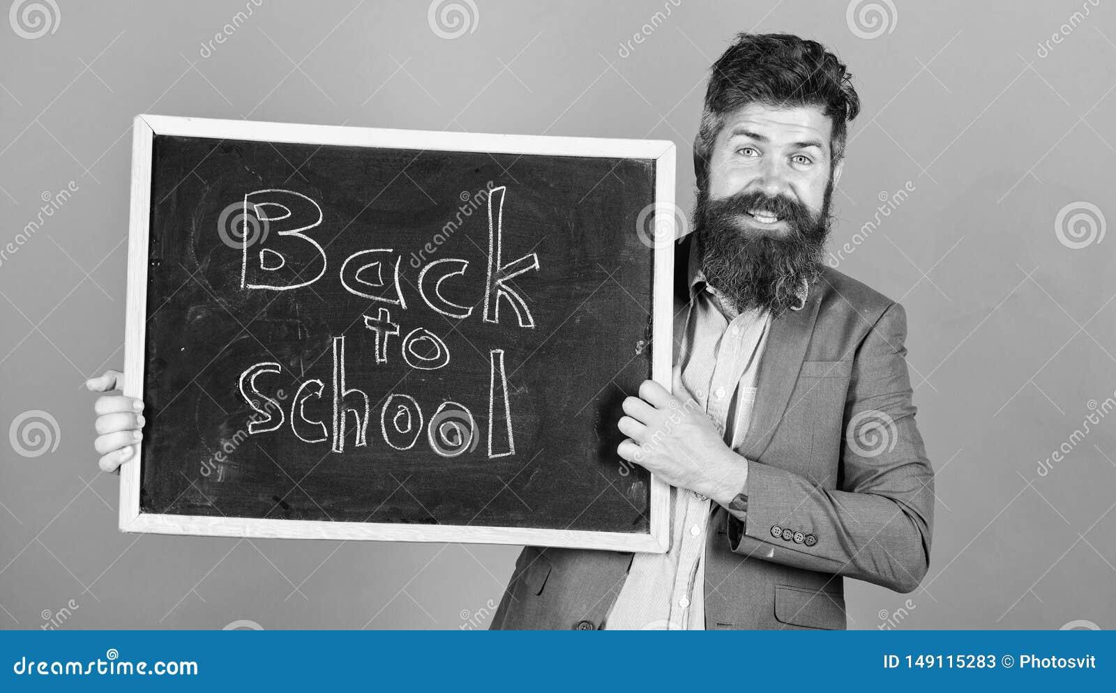Zaprasza ?wi?towa? dzie? wiedza Nauczyciel reklamuje z powrotem szko?a zakupu nowe szkolne dostawy Nauczyciela brodaty m??czyzna