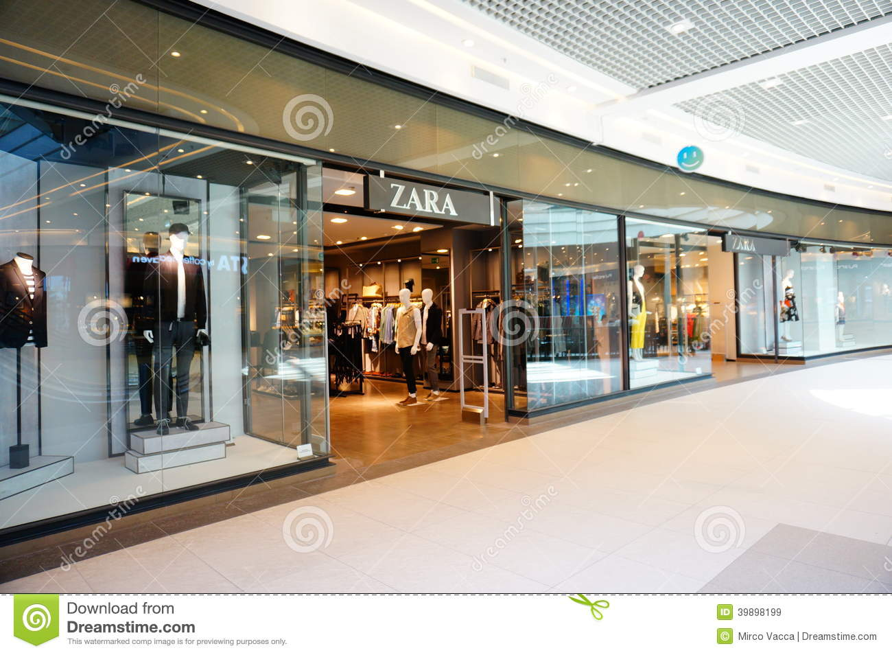 Mall clothes stores