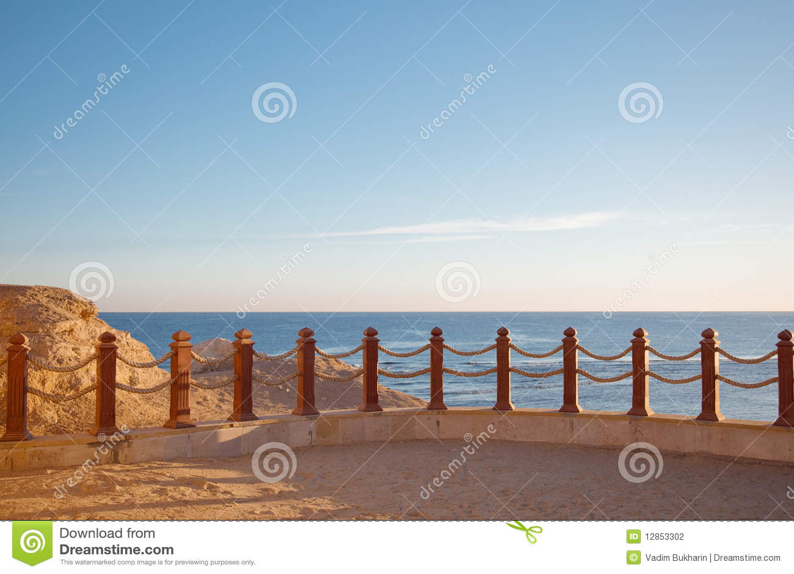 Zaun Stockfoto Bild Von Hintergrund Farbe Zaun Sand 12853302