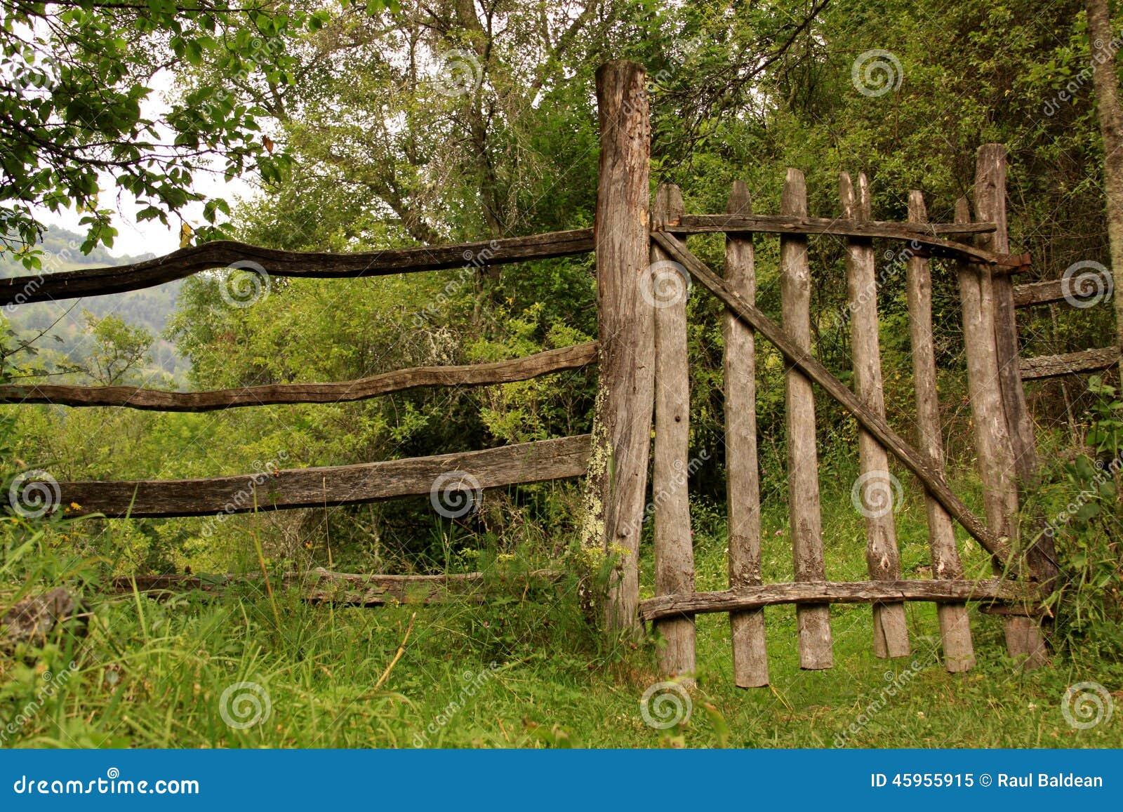 Zaun in der Landschaft