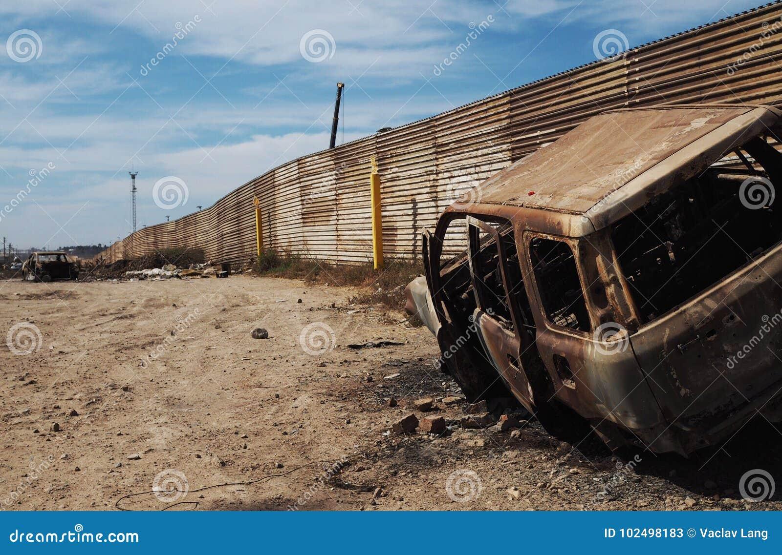 Zaun Zwischen Usa Und Mexiko Redaktionelles Stockfoto Bild Von