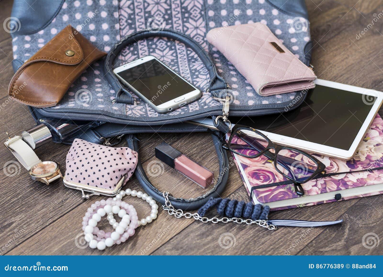 Zawartość żeńska torebka