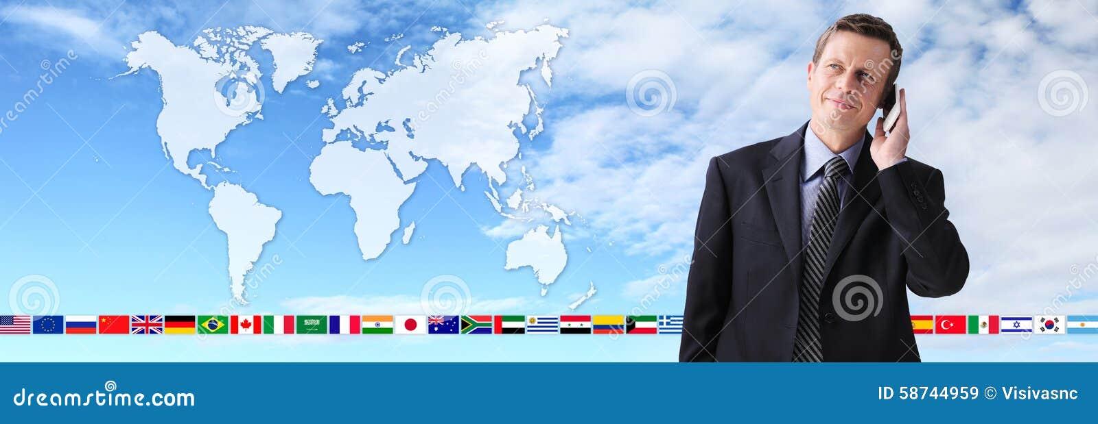 Zawody międzynarodowi kontakt, biznesowy mężczyzna opowiada na telefonie