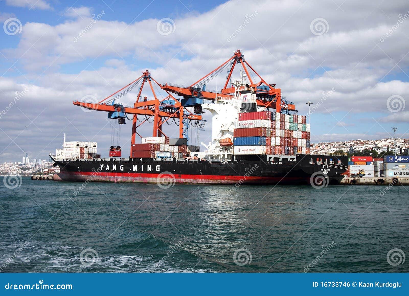 Zbiornika statku rozładunek