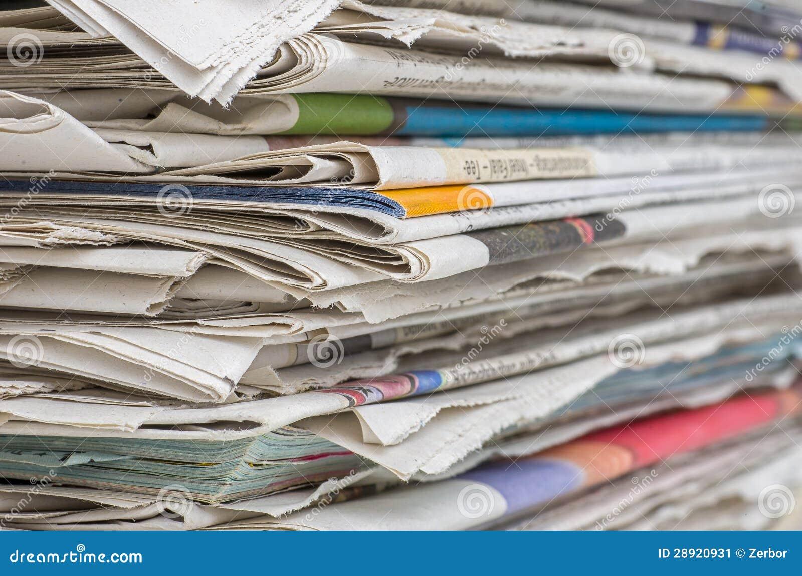 Zbliżenie gazetowa sterta