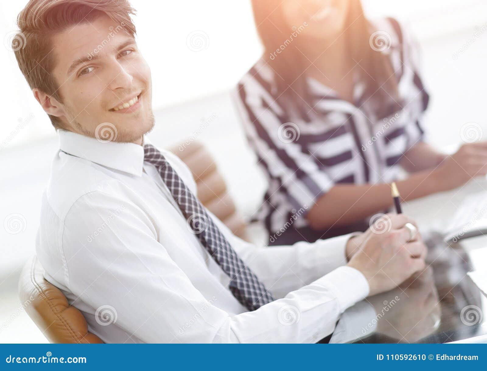 Zbliżenie Kierownik i klient