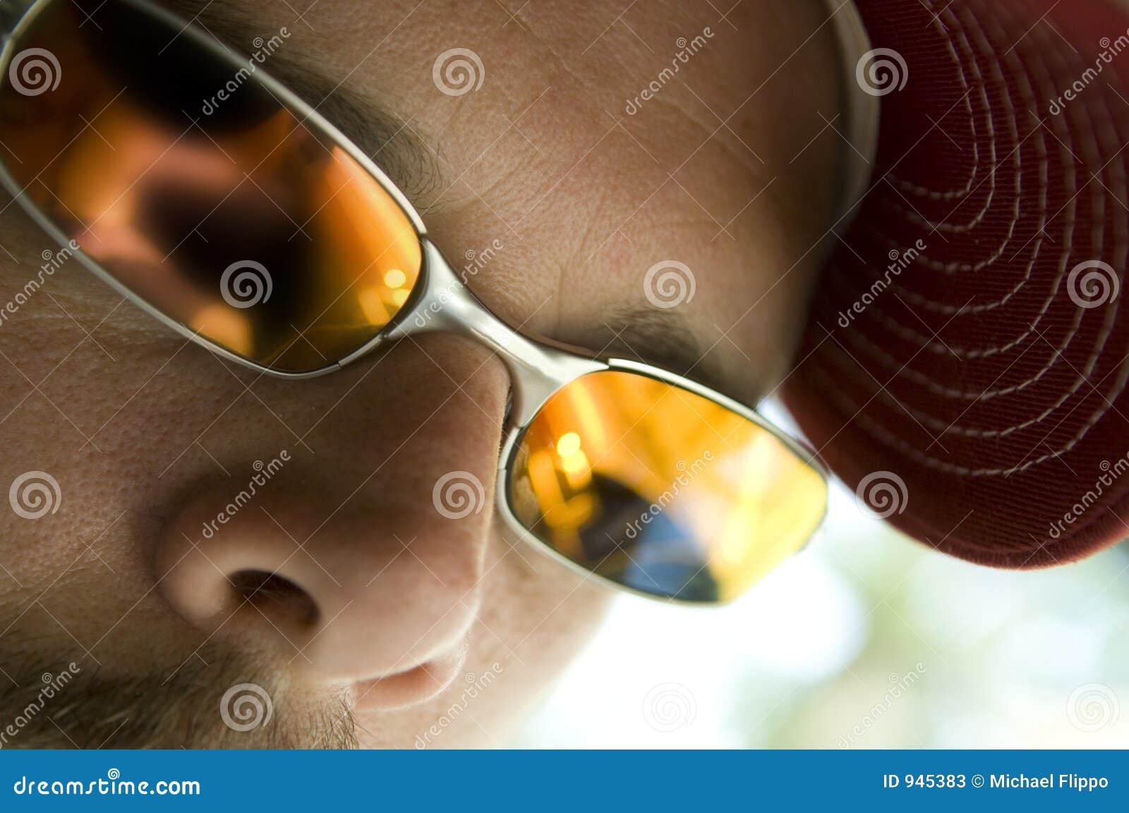 Zbliżenie okulary przeciwsłoneczne
