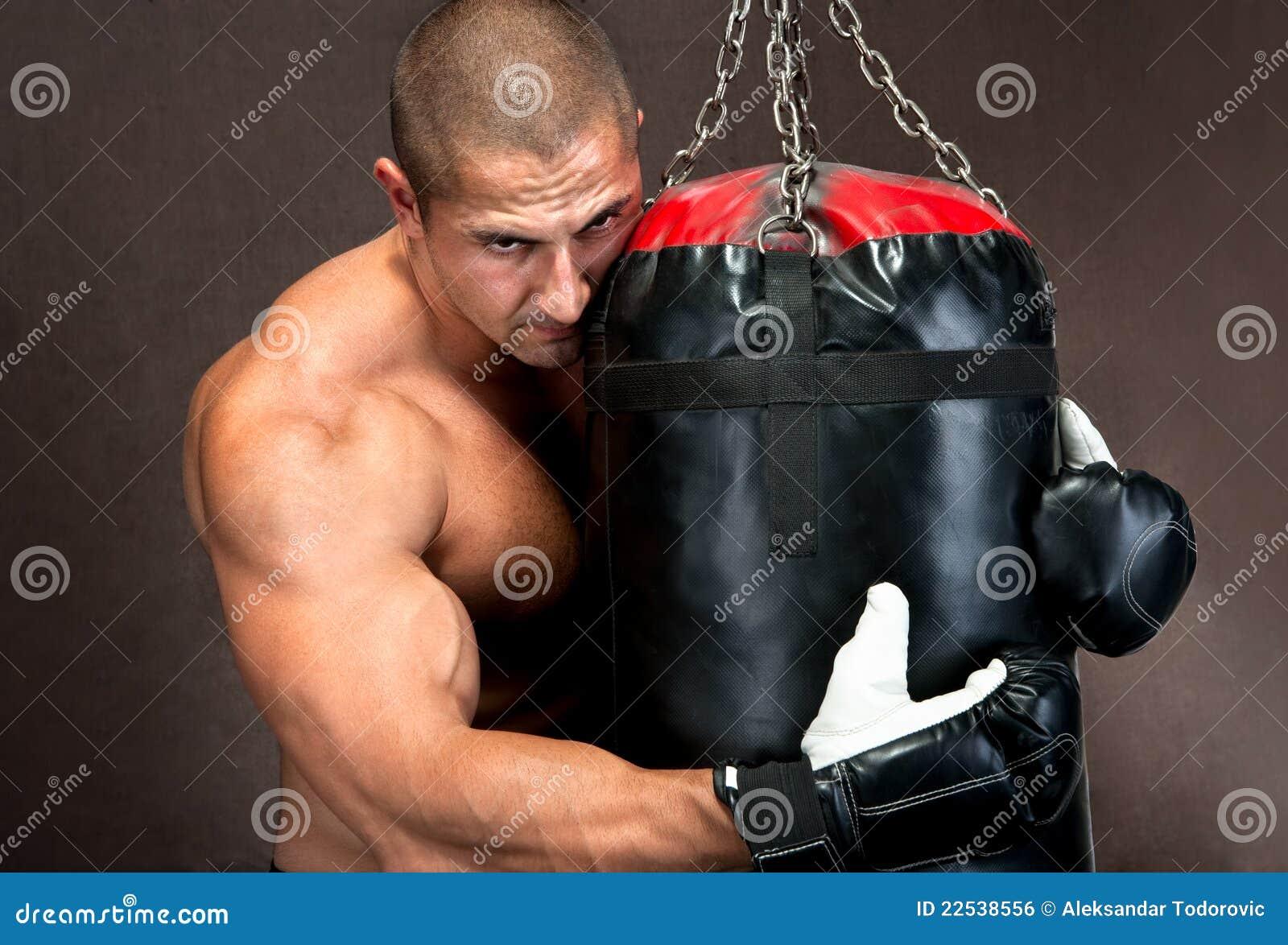 Zdojest czarny kickboxing target883_1_ mężczyzna target882_0_ używać