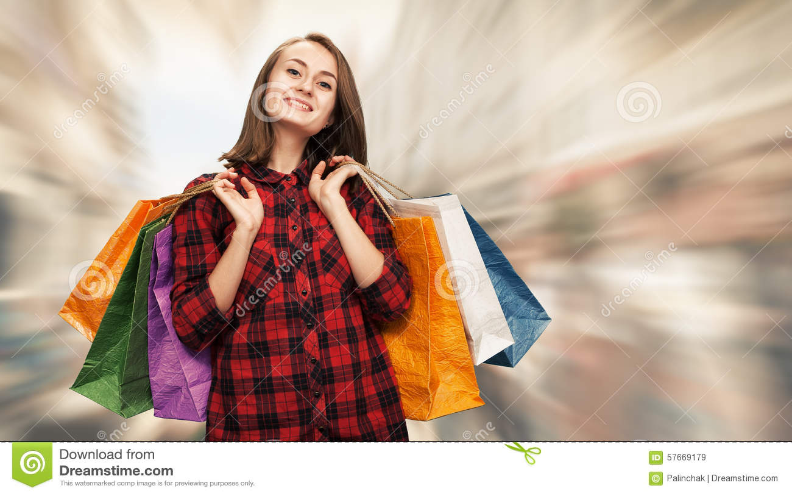 Zdojest kobiet shoping potomstwa