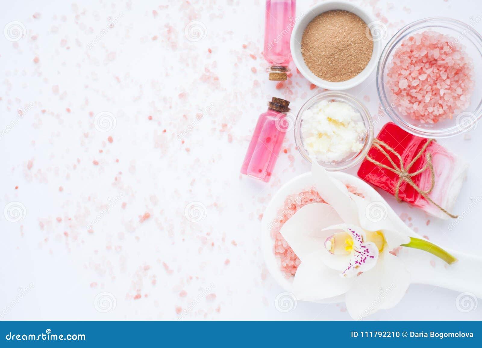 Zdrój i naturalny kosmetyka pojęcie