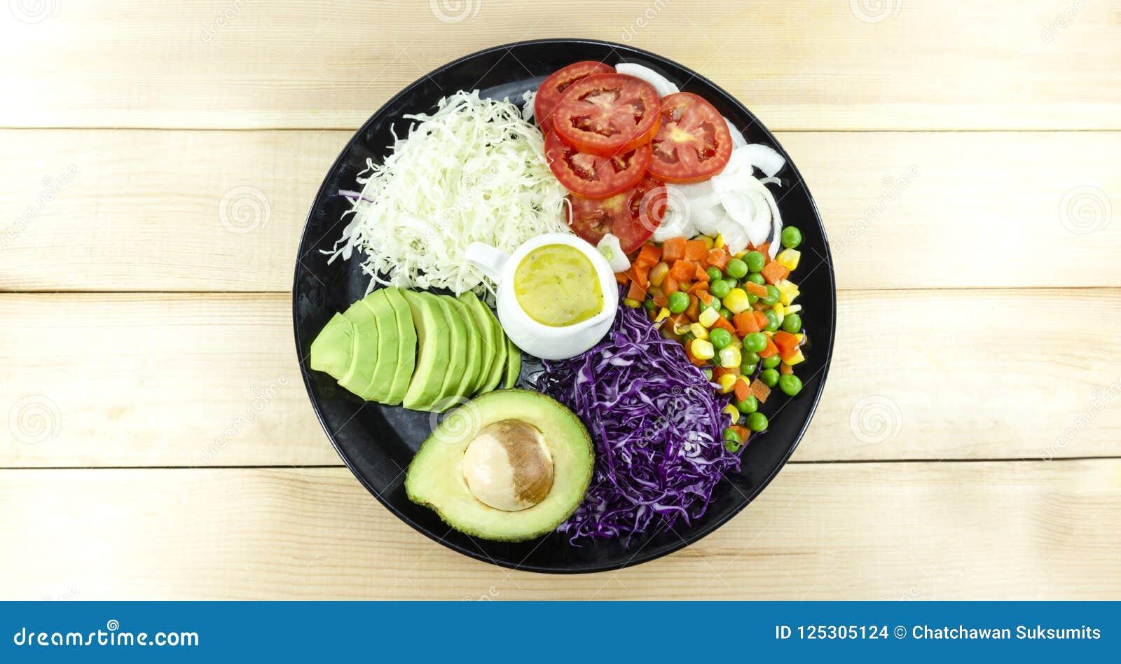 Zdrowy domowej roboty weganinu jedzenie, jarska dieta, witaminy przekąska, jedzenie i zdrowia pojęcie,