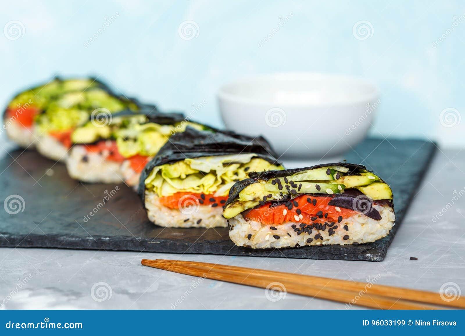 Zdrowy Japoński onigirazu