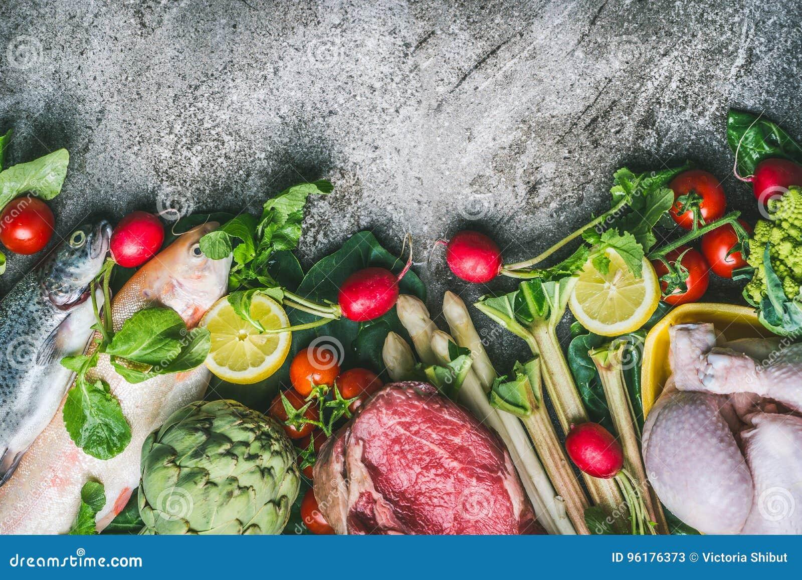 Zdrowy zrównoważony łasowania i diety odżywiania pojęcie Różnorodni organicznie foods składniki: ryba, mięso, drób, kurczak, warz