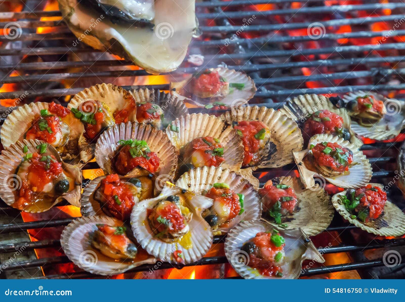 zeevruchten van barbecue de grill gekookte greenshell. Black Bedroom Furniture Sets. Home Design Ideas