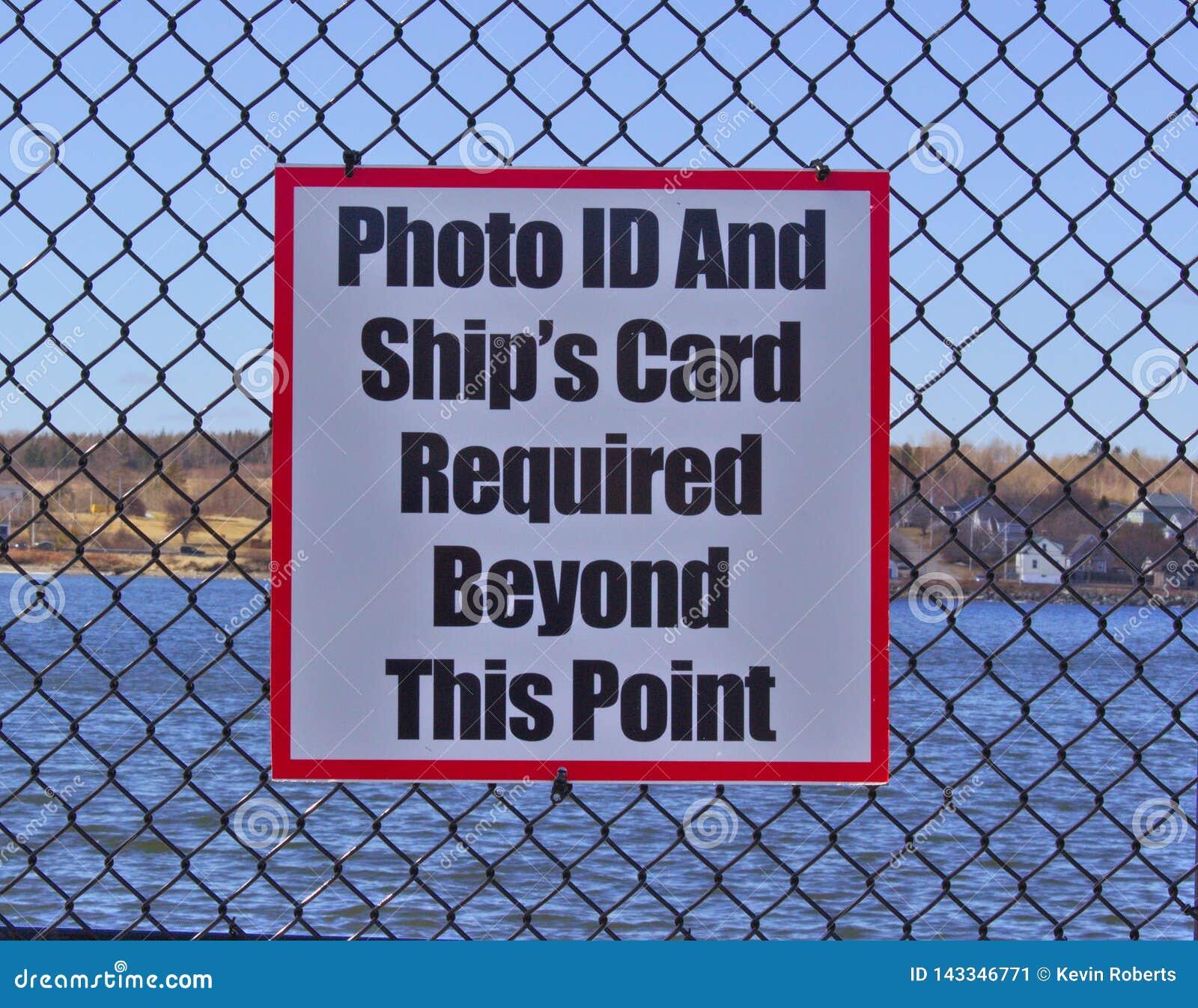 Zeichenfoto-id und Schiffskarte