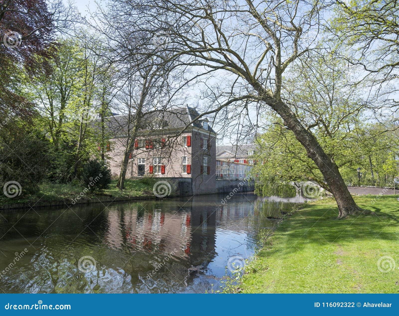 Zeist van de manorgroef in Nederland dichtbij Utrecht
