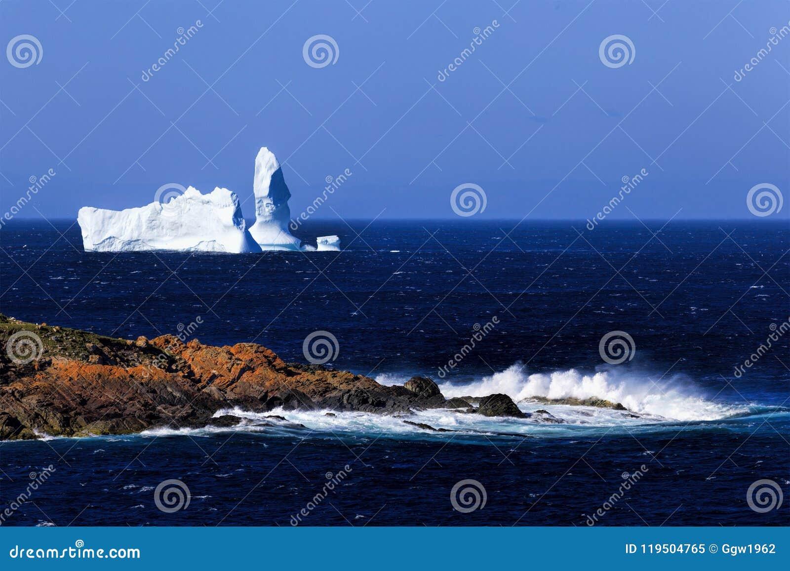 Zeit Neufundland-Eisbergs im Frühjahr