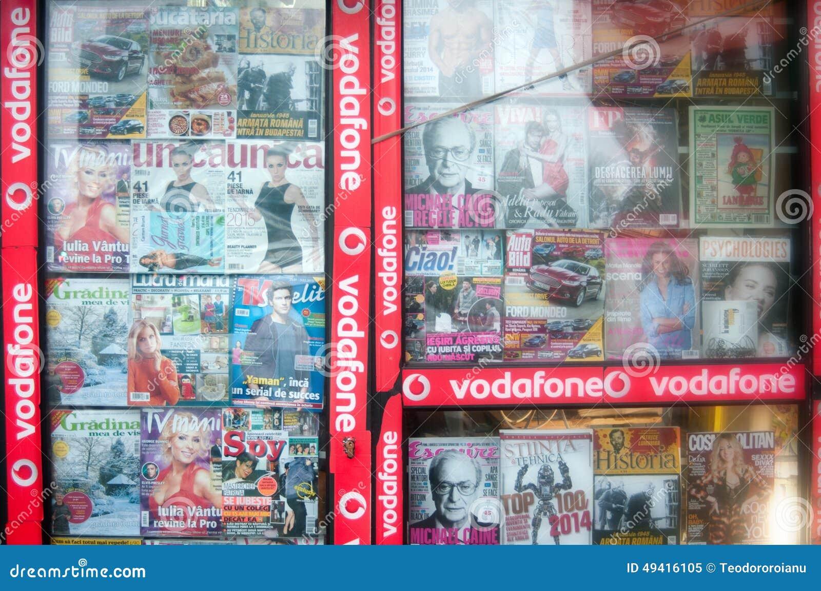 Download Zeitschriftenshop redaktionelles bild. Bild von publikation - 49416105