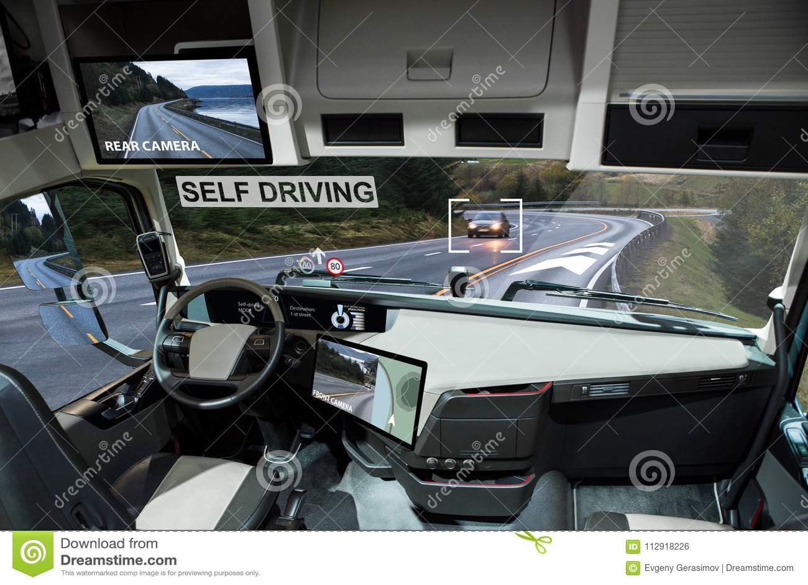 Zelf drijf elektrische vrachtwagen op een weg