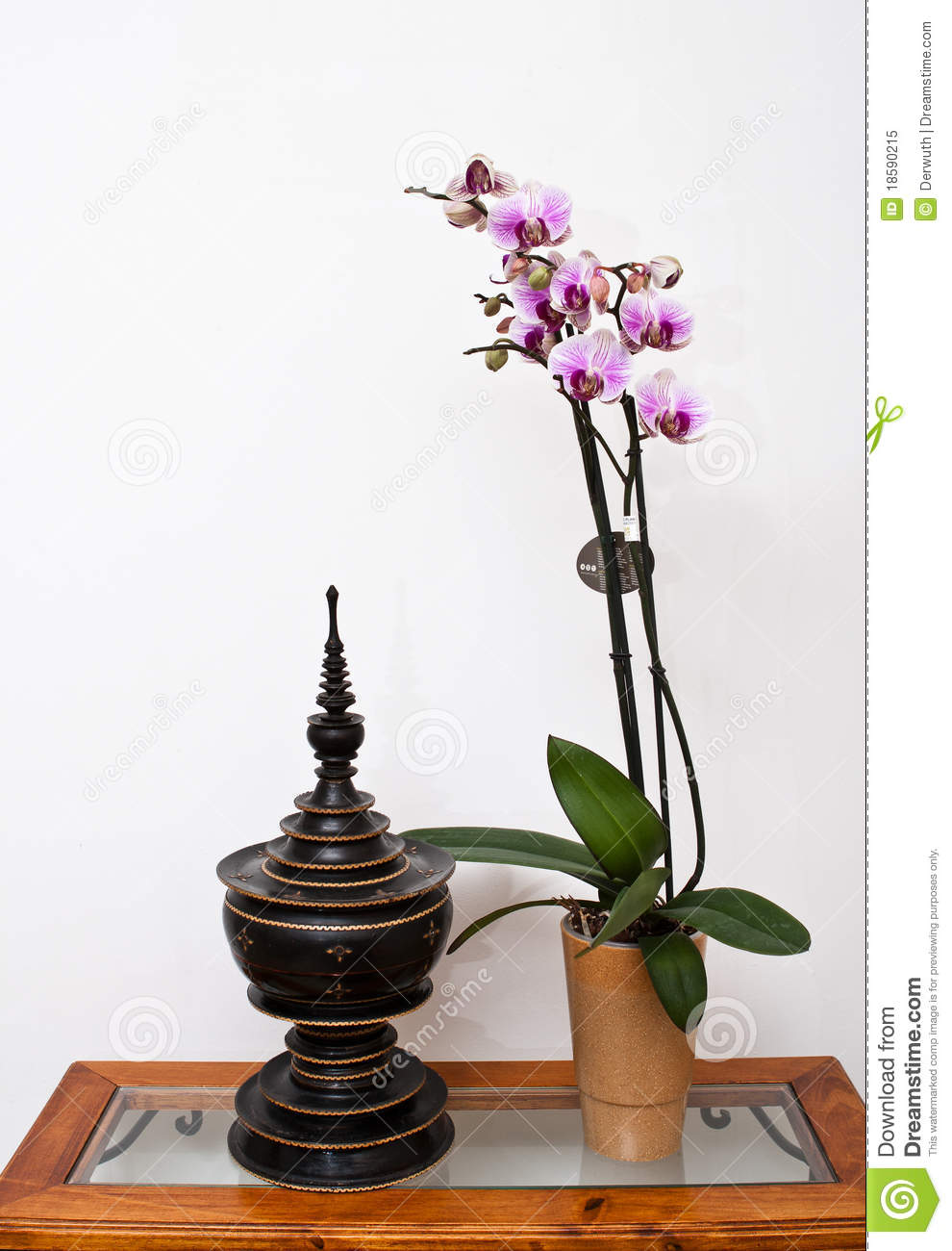Zen ambiance with orchid royalty free stock photo image - Toilette ambiance zen ...