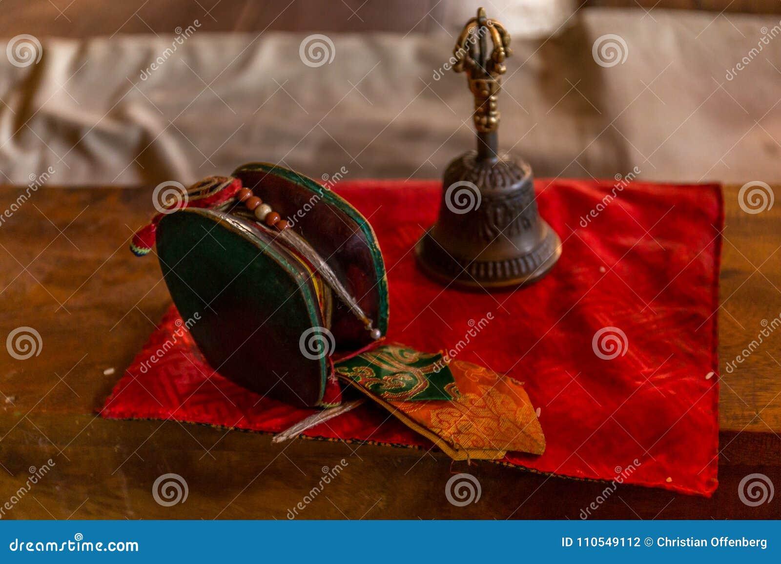 Zeremonielle Instrumente in Bhutan