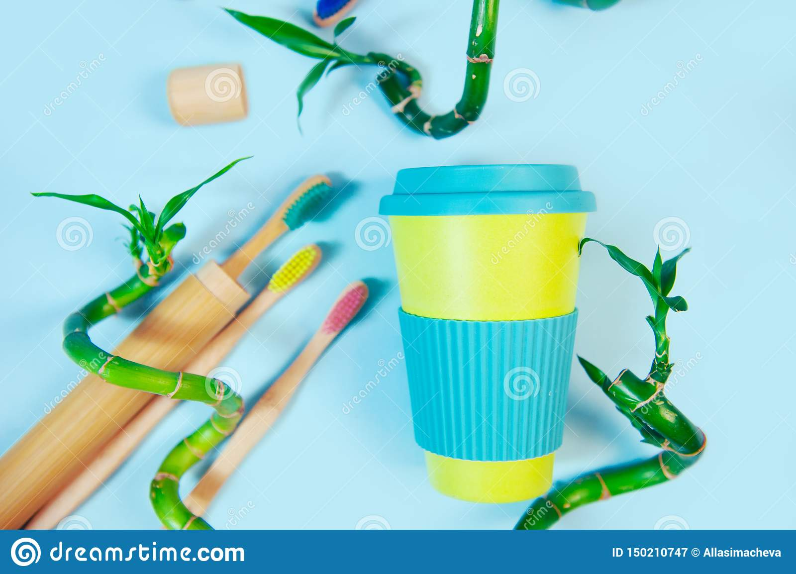 Sustainable and zero waste Eco Friendly Reusable Bamboo Cup with bamboo straw