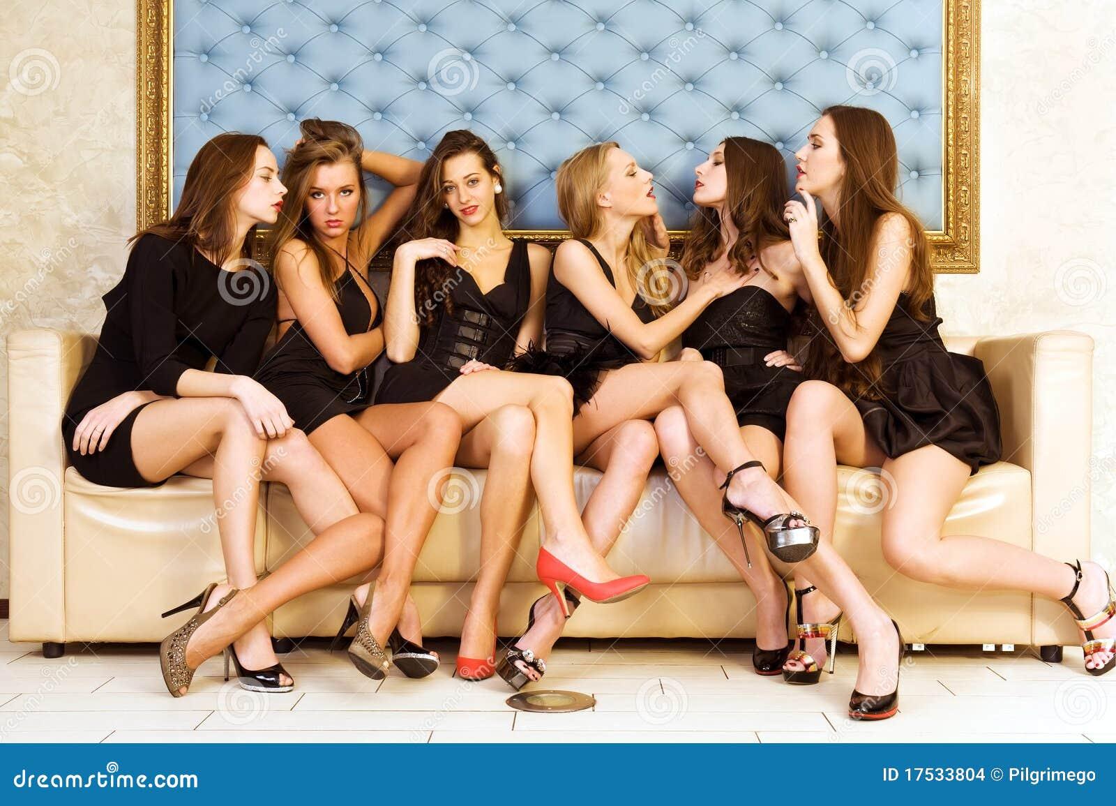 Zes mooie vrouwen