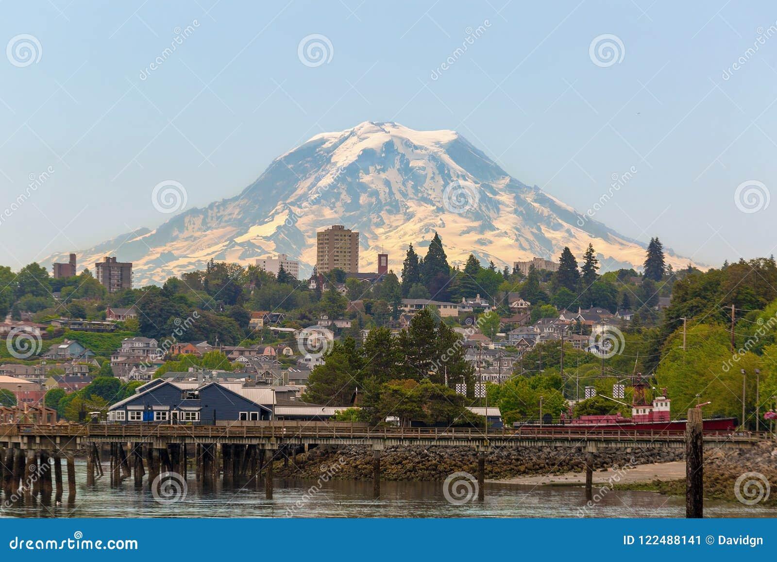 Zet Regenachtiger te de Waterkant van Tacoma in de staat van Washington op