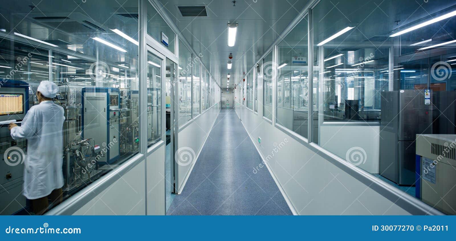 Mediziner im Labor