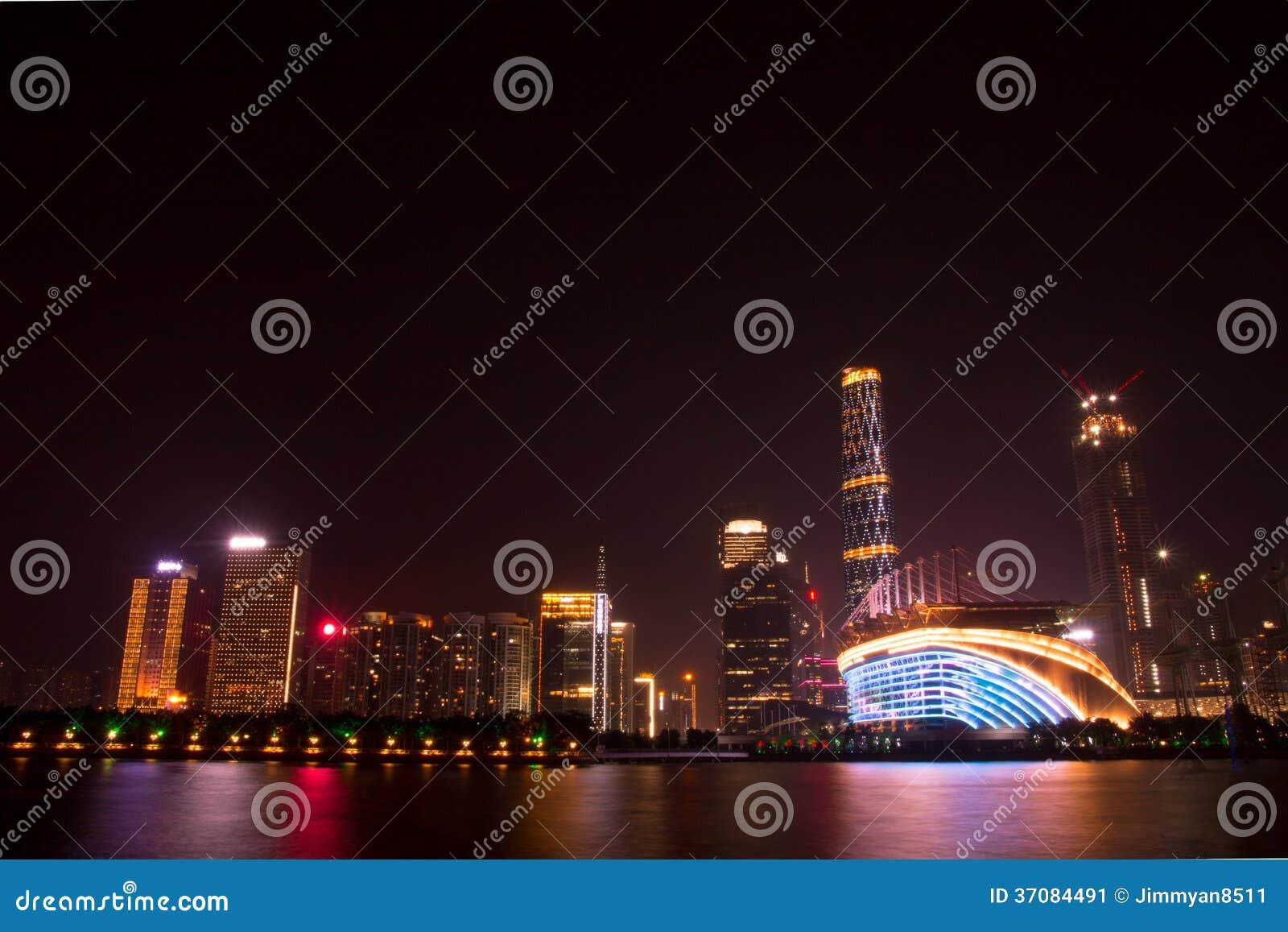 Download ZhuJiang Nowy miasteczko obraz stock. Obraz złożonej z rzeka - 37084491