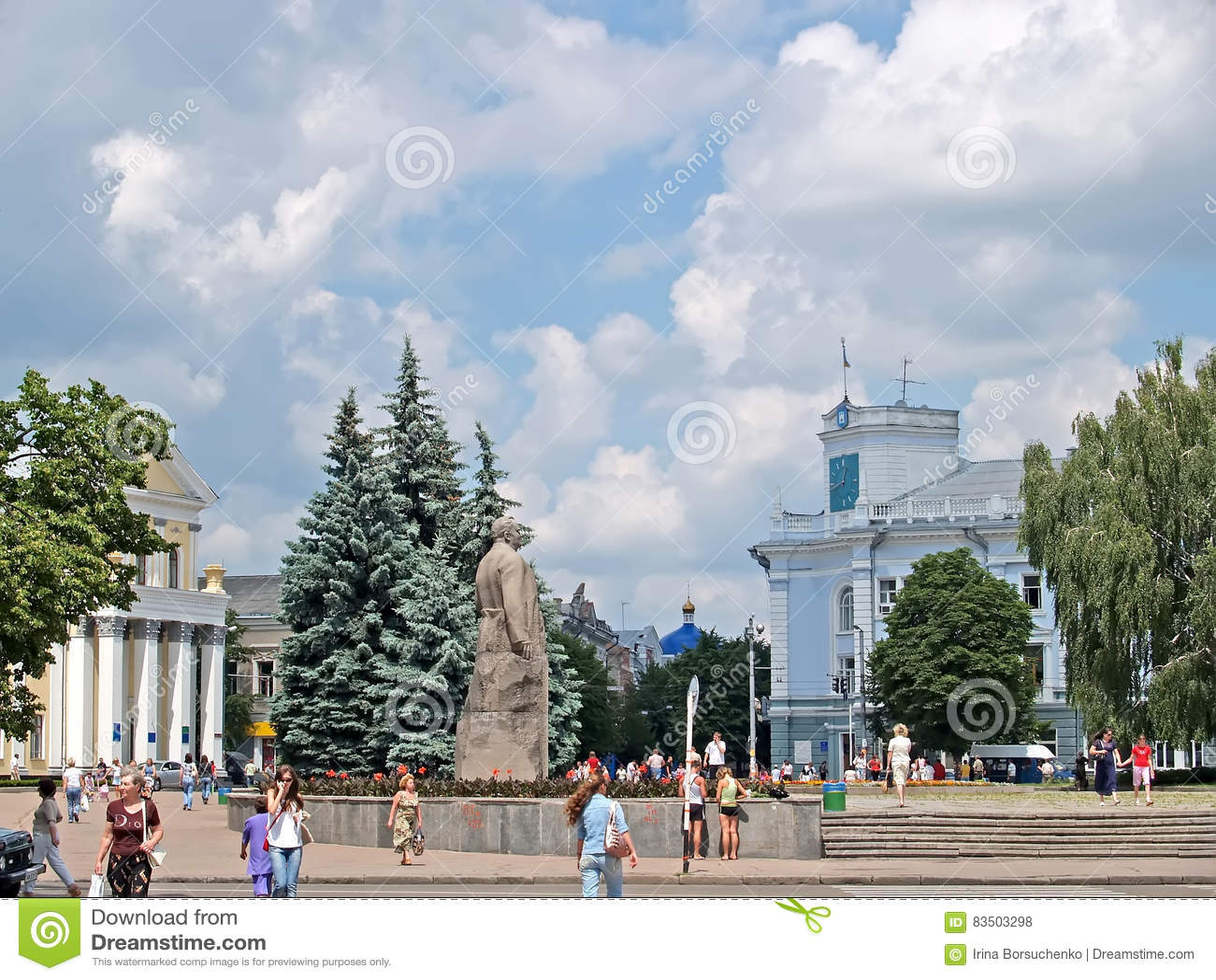 ZHYTOMYR, DE OEKRAÏNE Mening van het het stadhuis en Koroleva-Vierkant