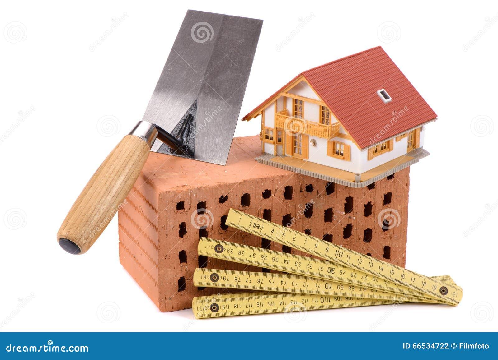 ziegelstein f r hausbau und werkzeug stockfoto bild. Black Bedroom Furniture Sets. Home Design Ideas