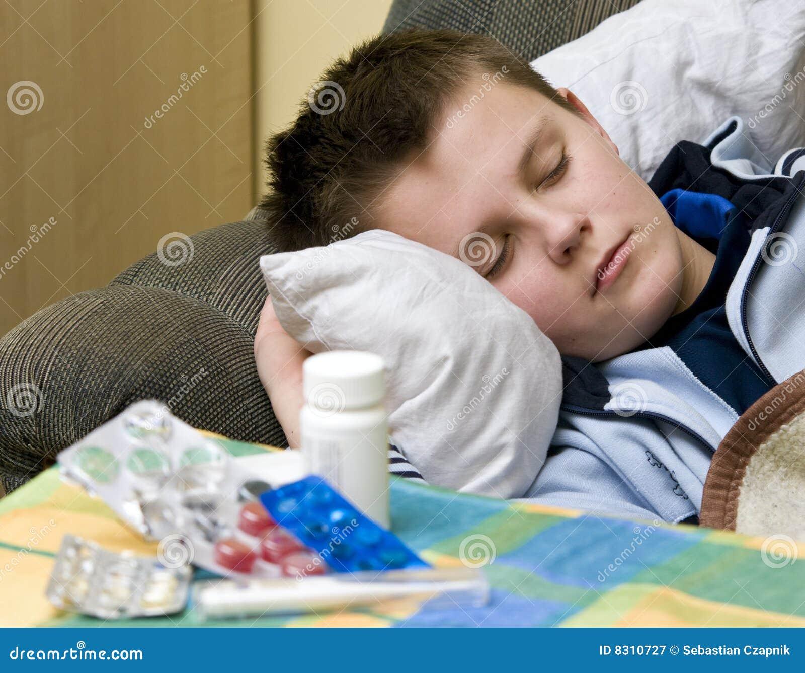 Ziek in bed stock afbeelding afbeelding bestaande uit huis 8310727 - Tienerjongen slaapkamer ...