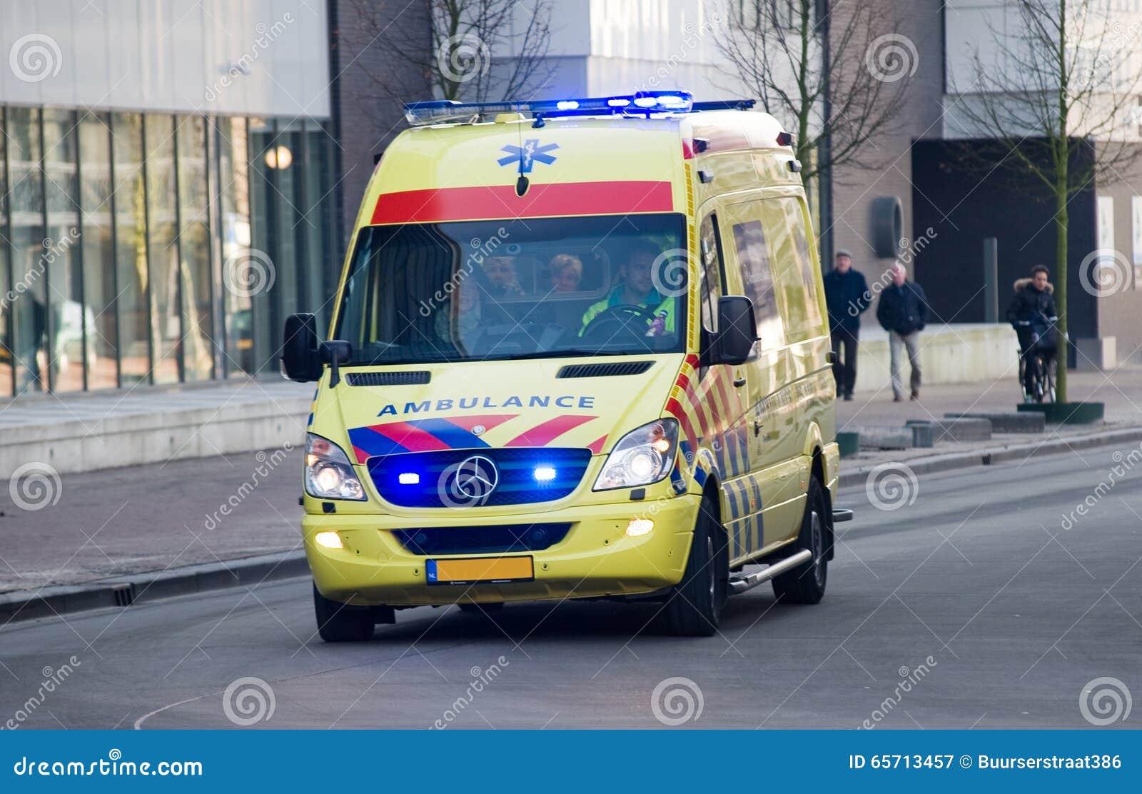 Ziekenwagen met lichten