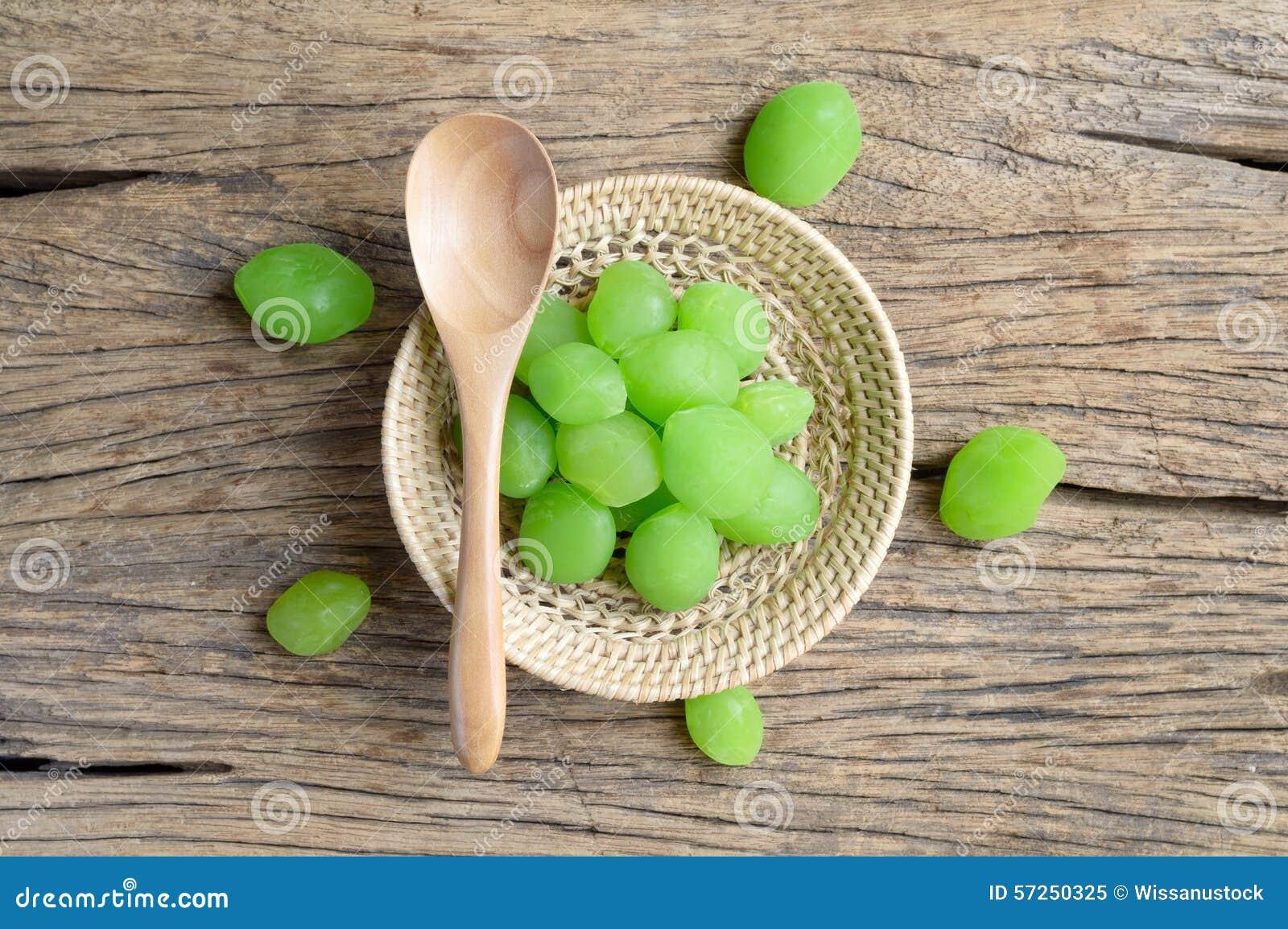 Zielona zalewy nabody owoc
