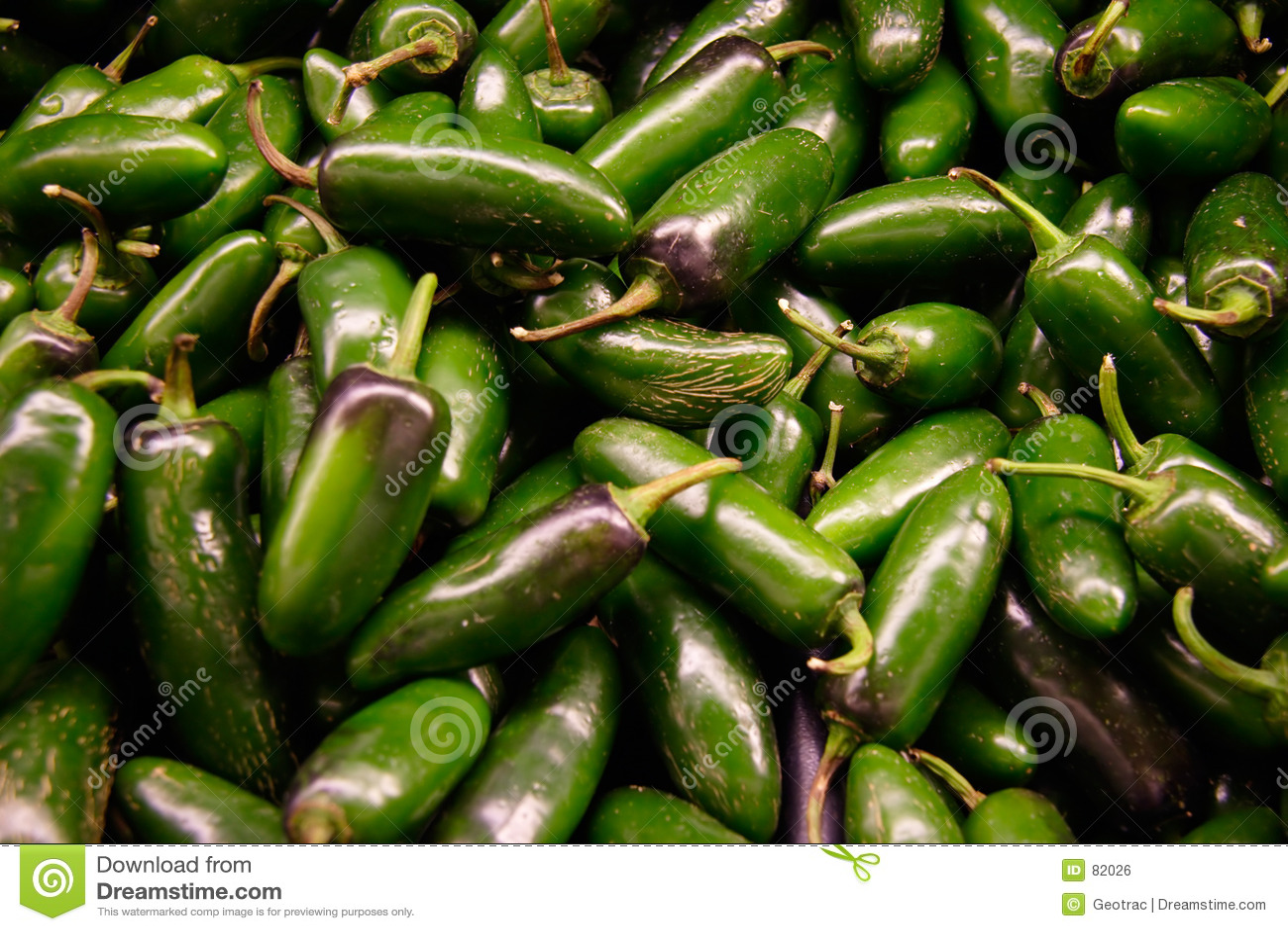 Zielone jalopeno papryki