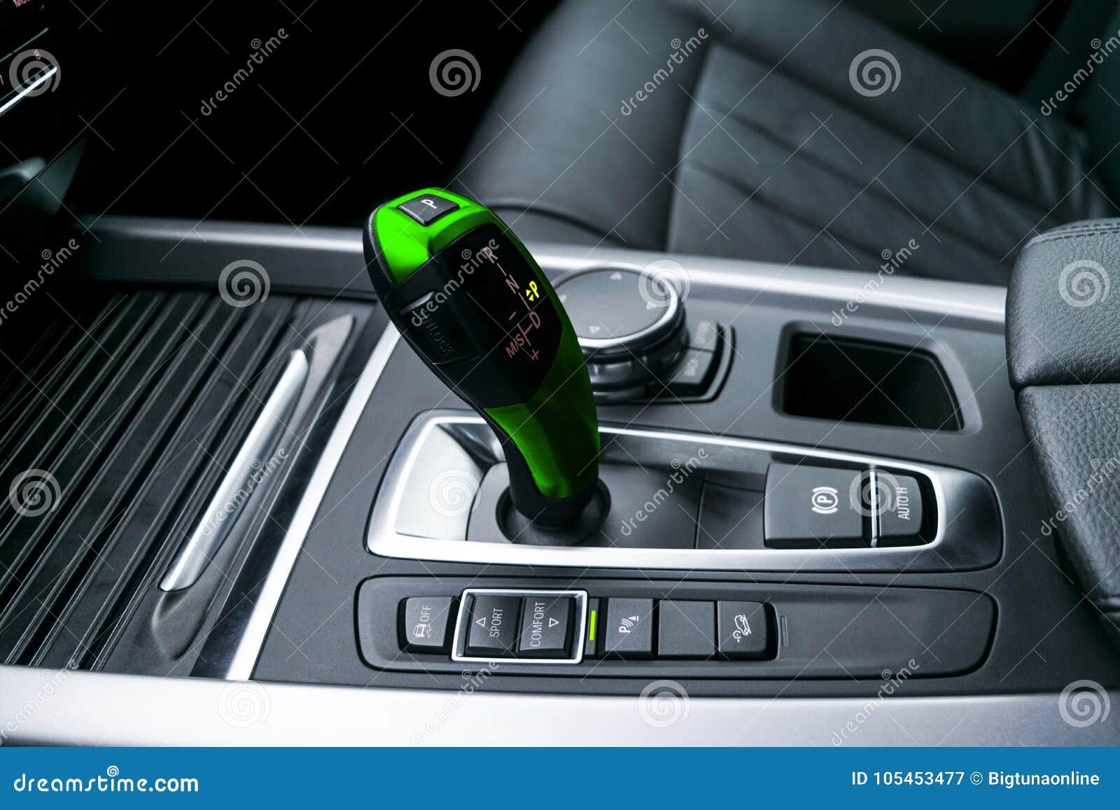 Zielony Automatyczny przekładnia kija przekaz nowożytna samochodu, multimedii i nawigaci kontrola, zapina Samochodowi wnętrze szc