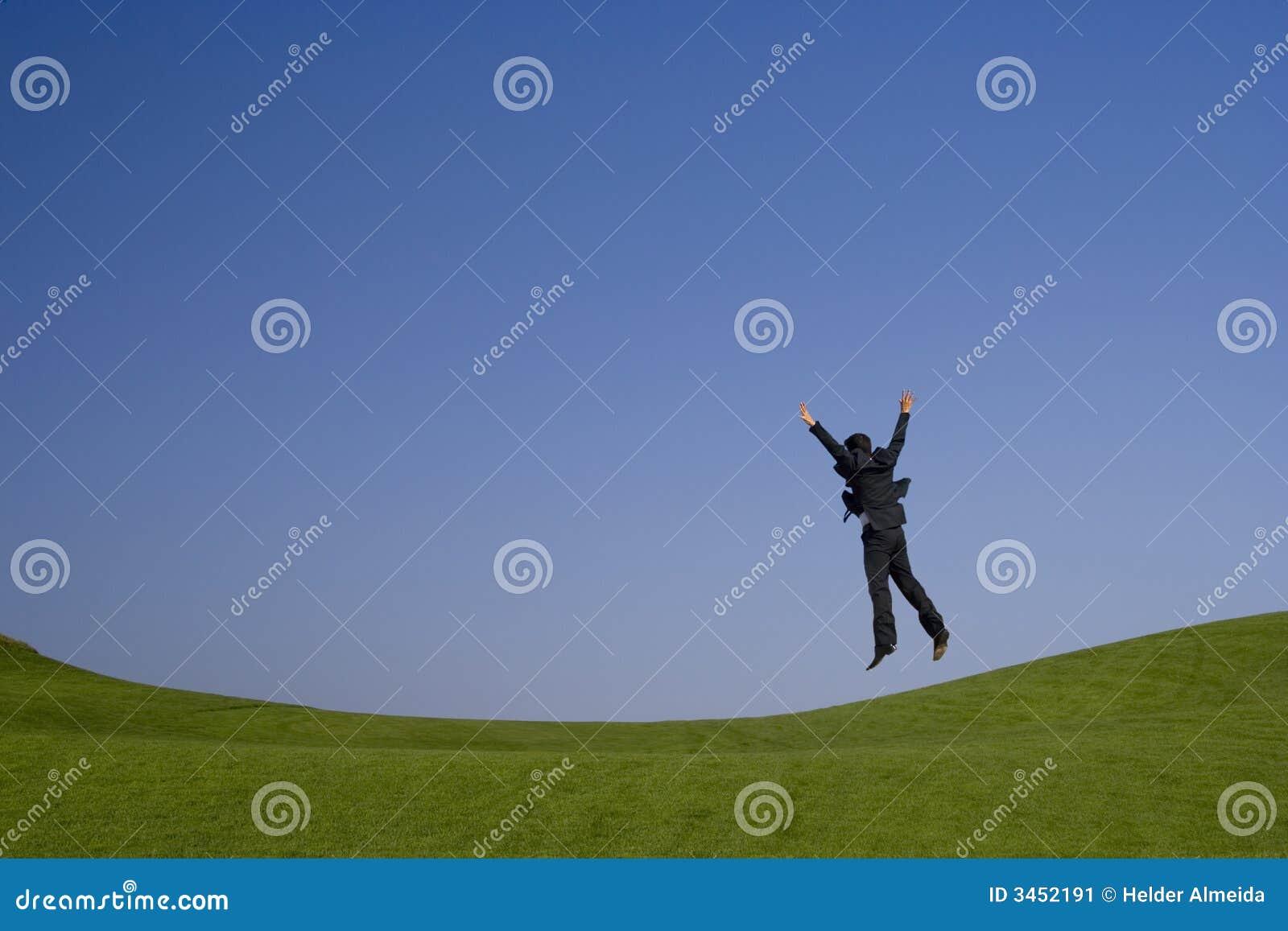 Zielony wysoki jumping
