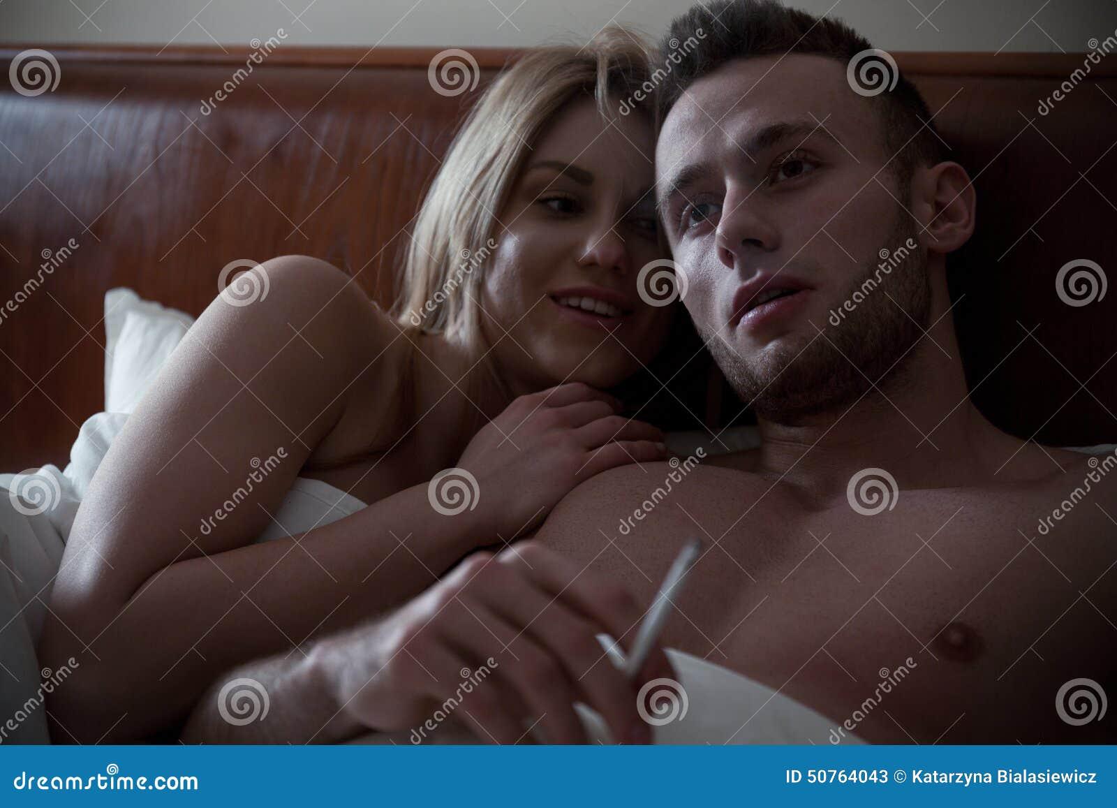 Frauen rauchen Zigaretten Sex