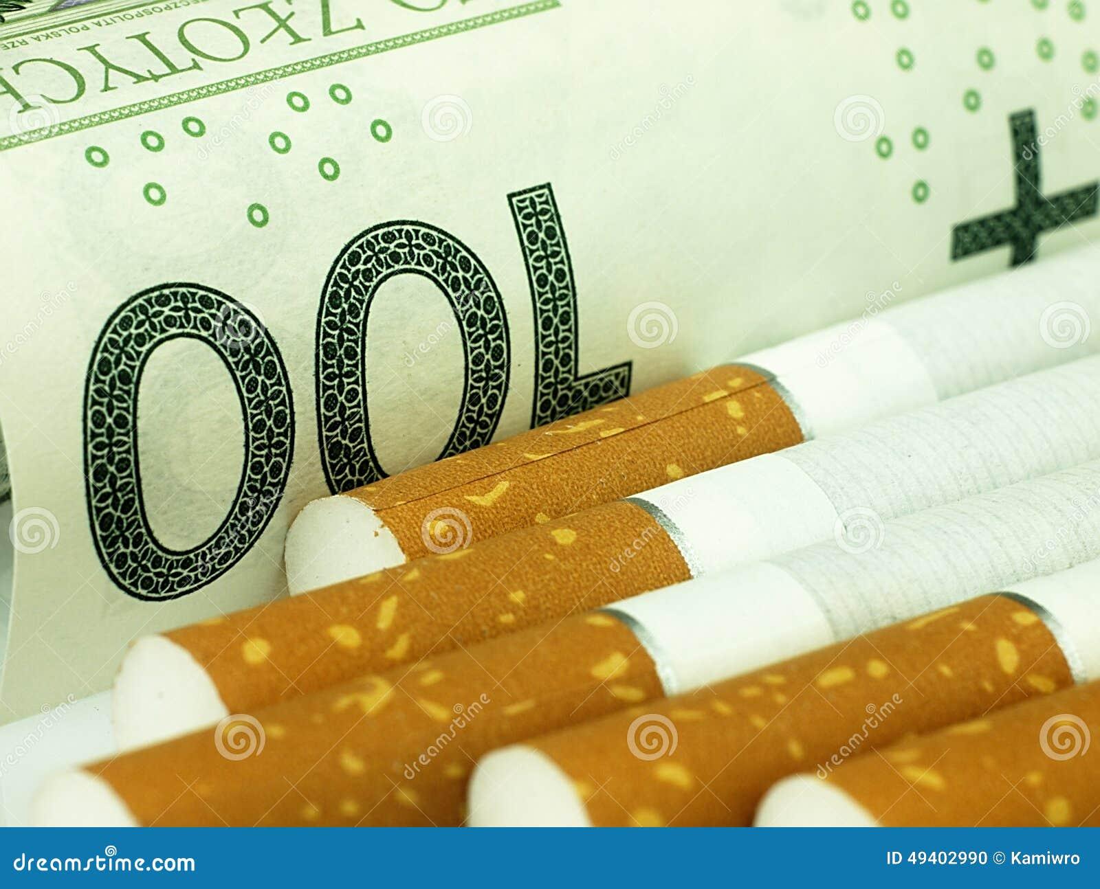 Download Zigaretten Und Geld Teure Gewohnheit Stockfoto - Bild von kosten, kostspielig: 49402990