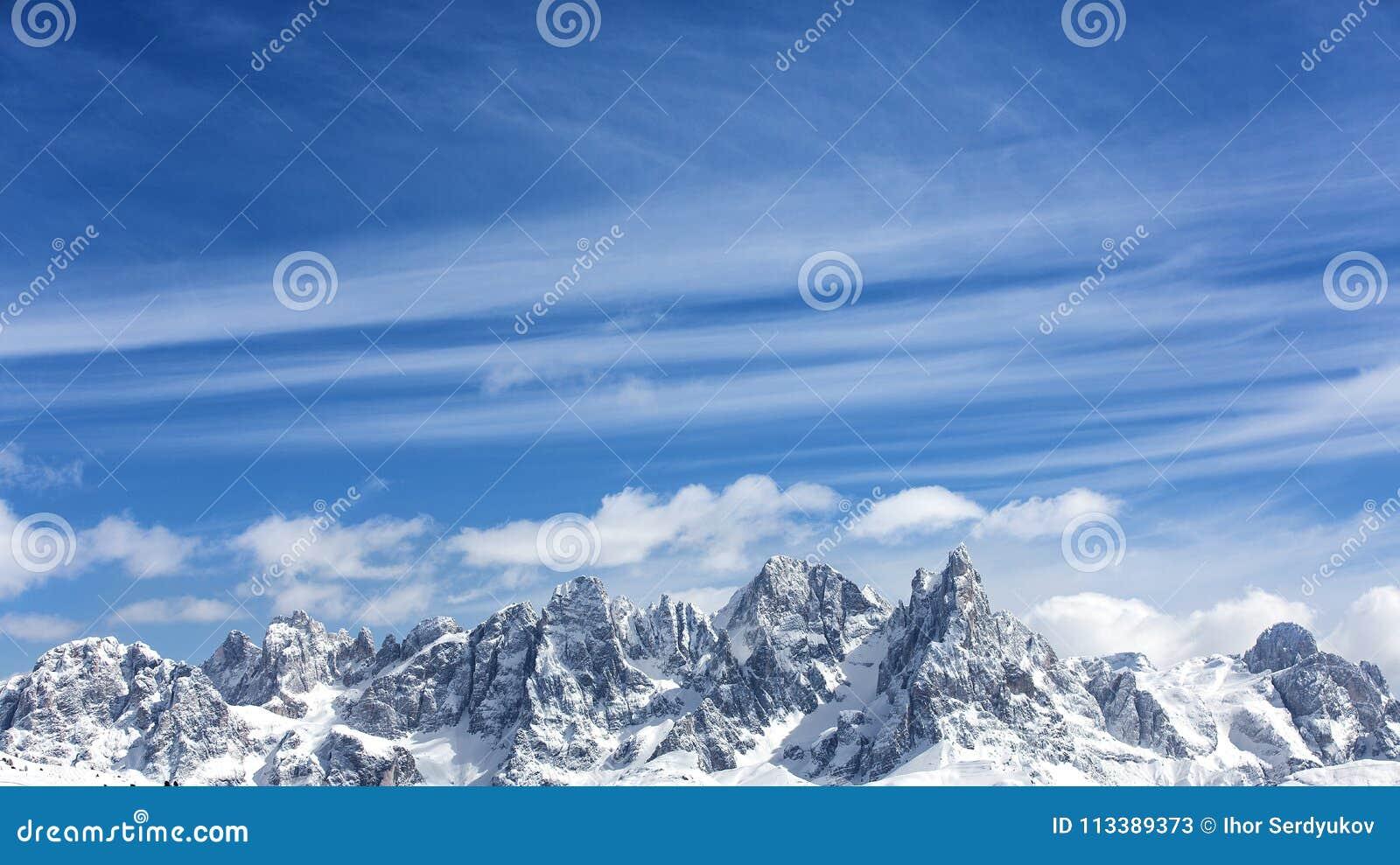 Zim góry, panorama - nakrywający szczyty Włoscy Alps Dolomity, Alps, Włochy, Trentino alt Adige Nakrywająca góra