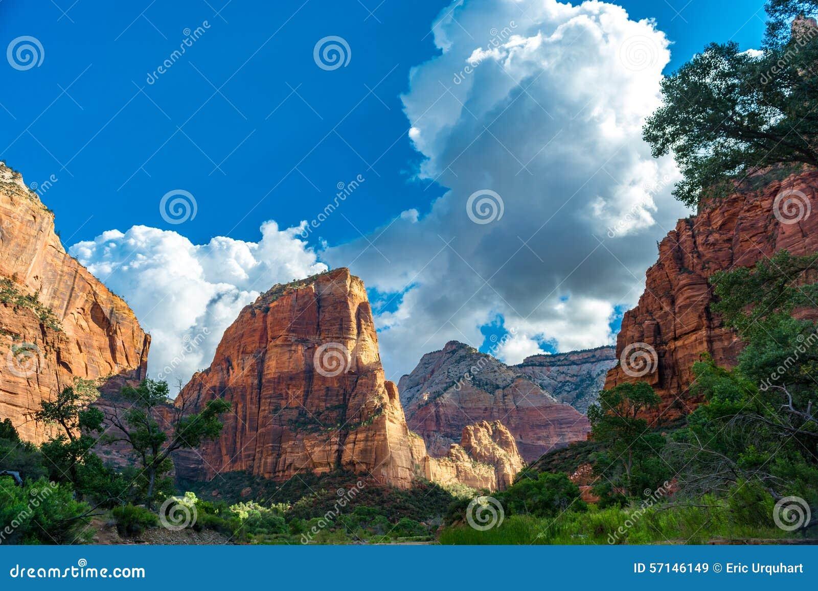 Zion_Canyon_Angels_Landing
