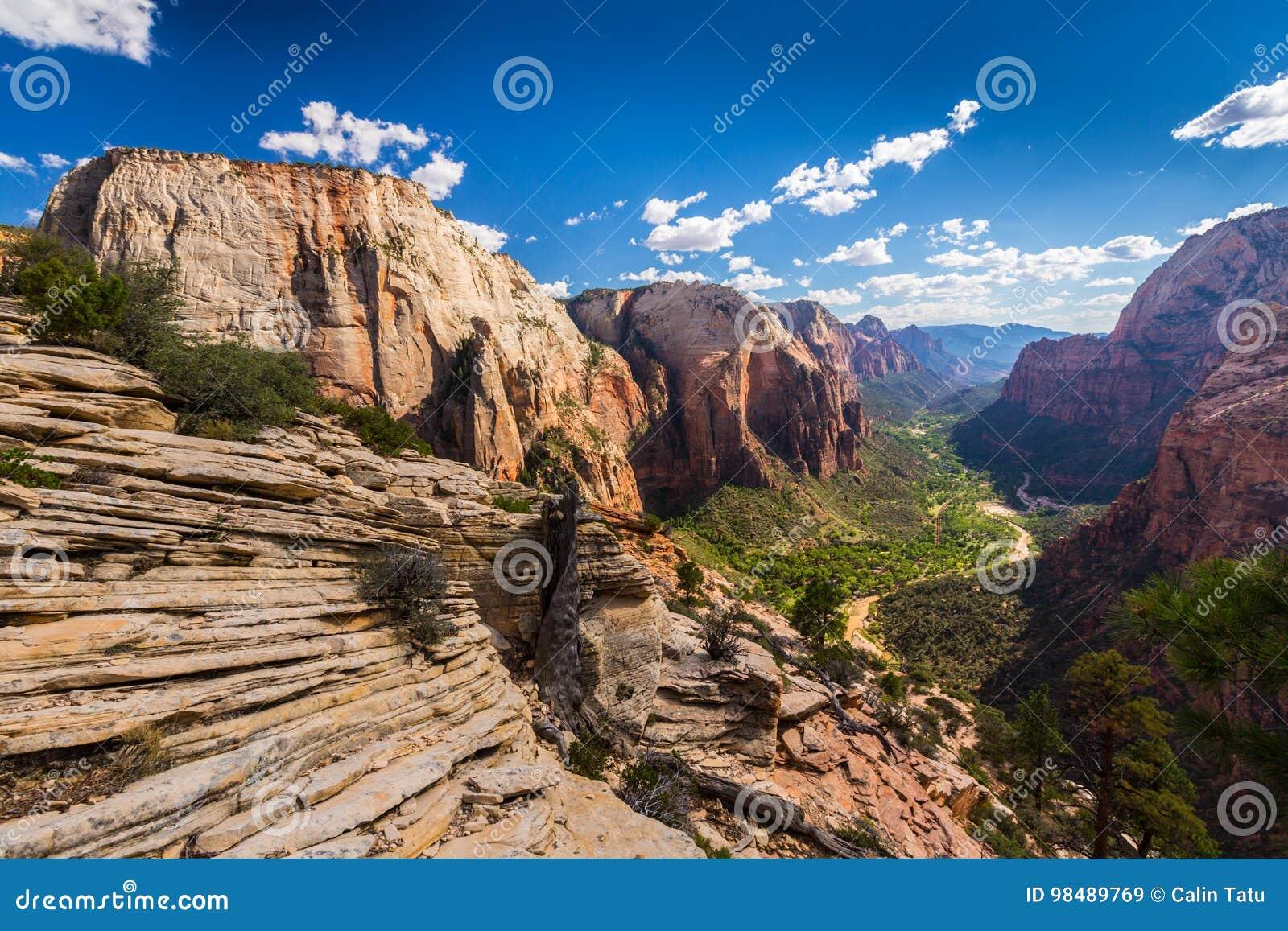 Zion National Park, Utah, paysage de perspective en automne