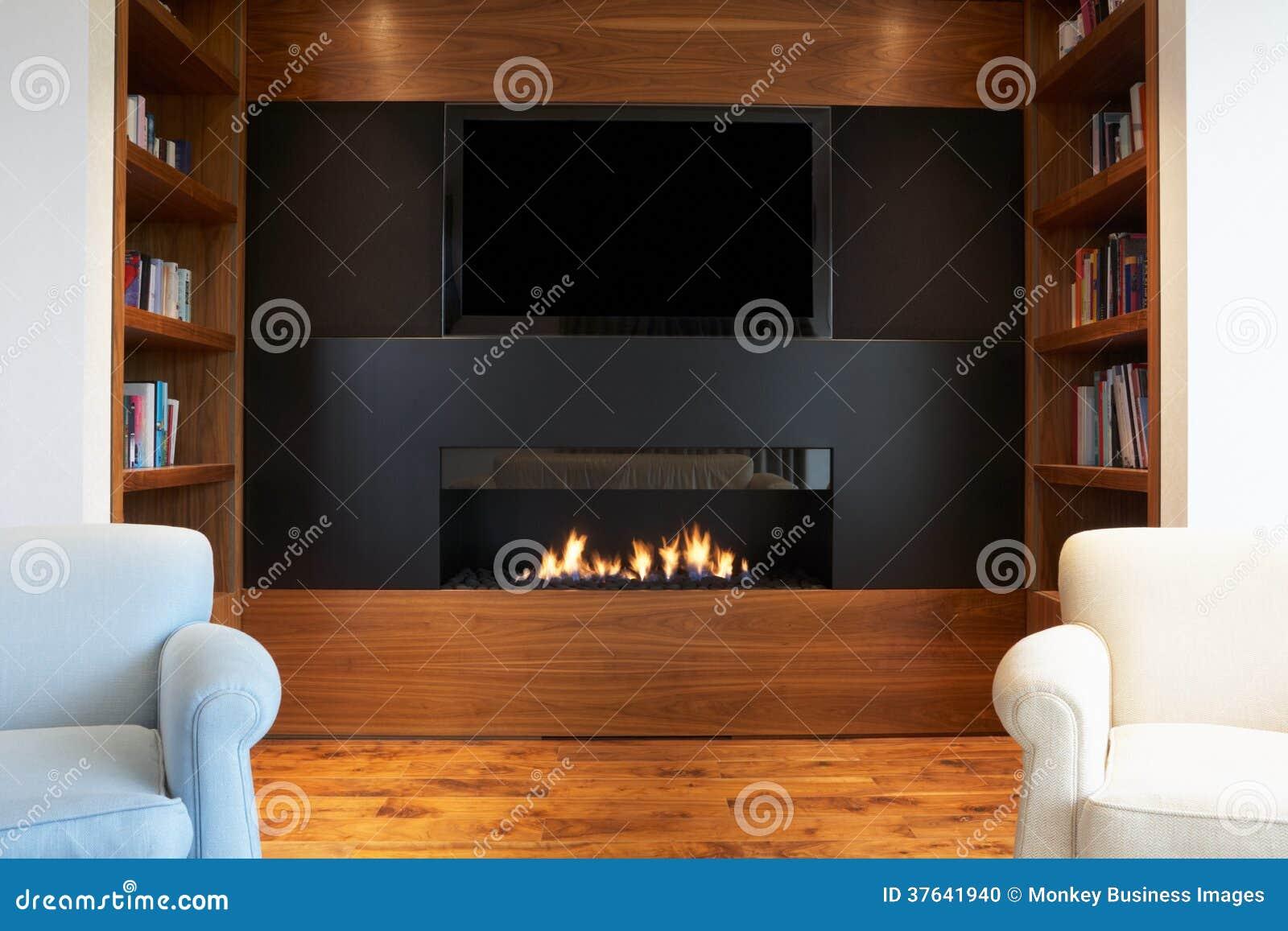 Zitkamer in modern huis met tv en open haard stock foto afbeelding 37641940 for Huis open haard mantel